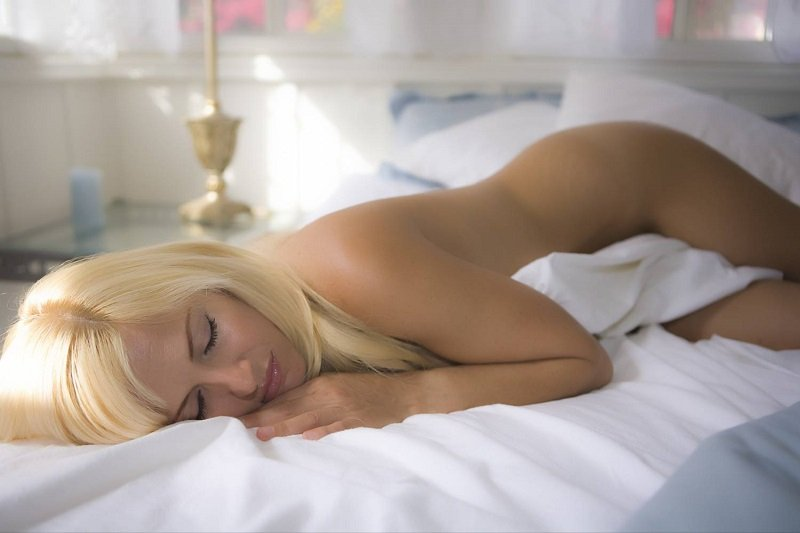 Видео Голых Спящих Теток
