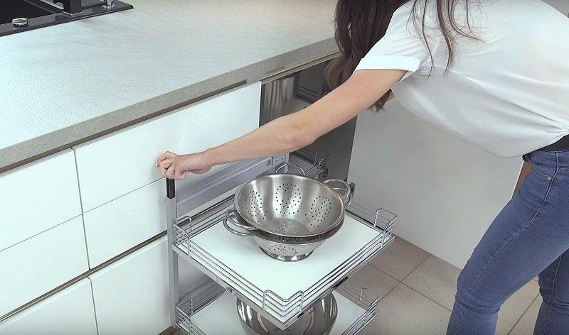 маленькая кухня в европейском стиле
