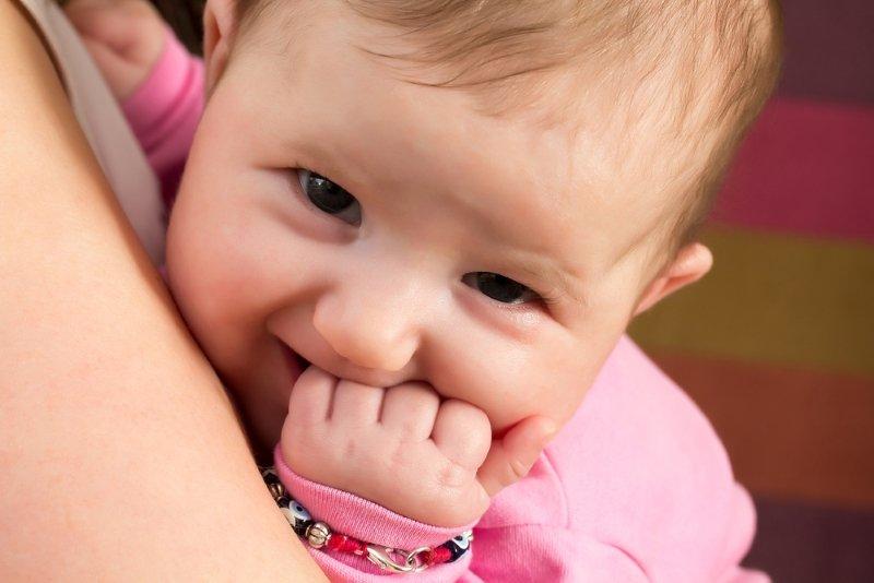 как отучить ребенка от рук в 3 года