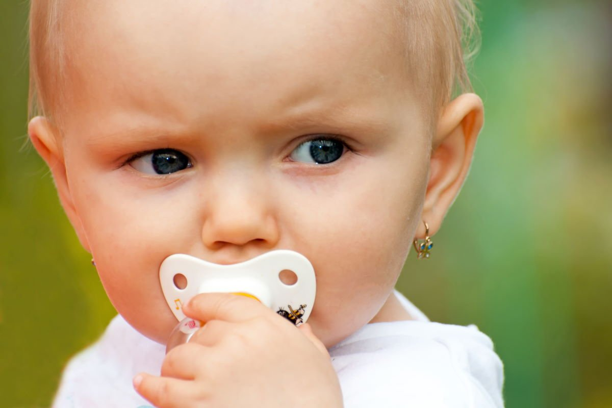 Рекомендация няни, что смогла отучить четырехлетнего карапуза от соски без проблем