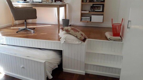 Новости PRO Ремонт - В этой комнате помещался только стол и стул. То, что сделал этот парень, нужно видеть! 14 В этой комнате помещался только стол и стул. То, что сделал этот парень, нужно видеть!