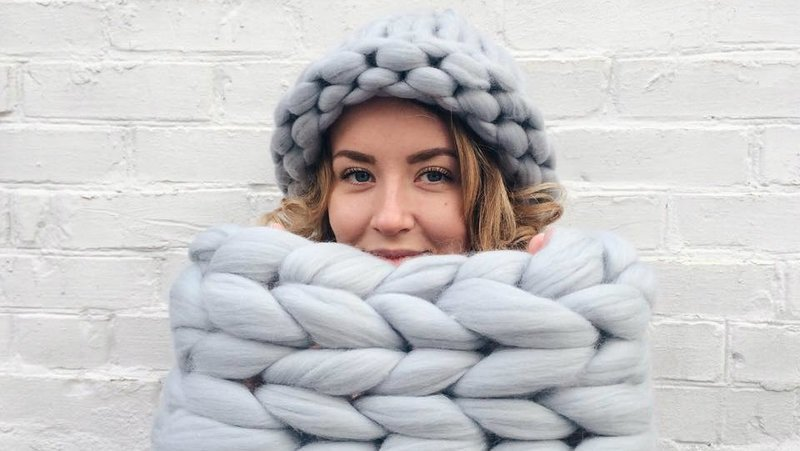 шапки крупной вязки