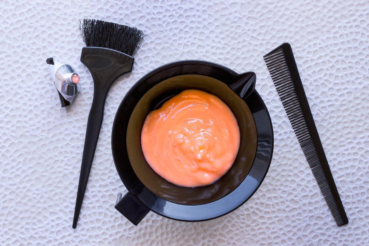 Как покрасить волосы краской в домашних условиях правильно