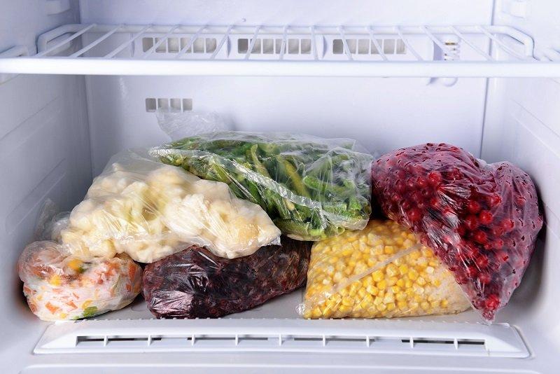 морозилка в холодильнике