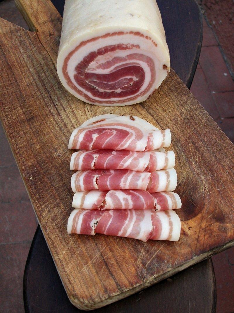 свиная грудинка домашнего приготовления
