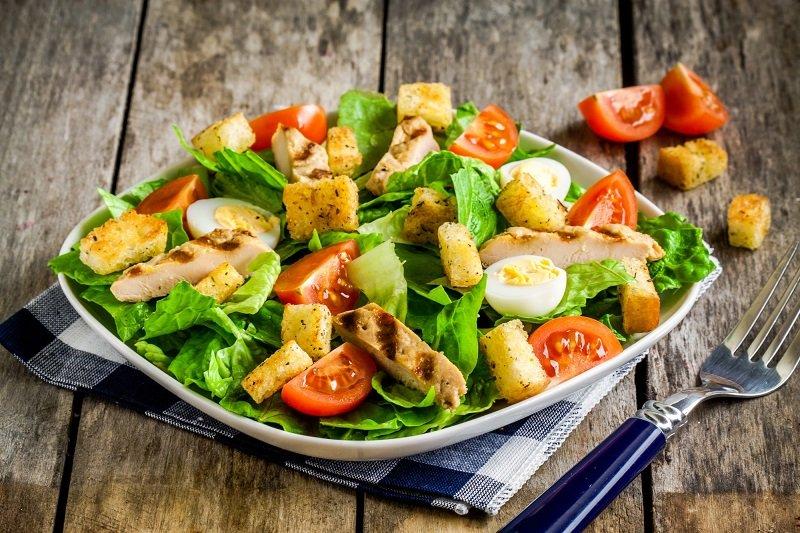 як приготувати салат цезар з куркою