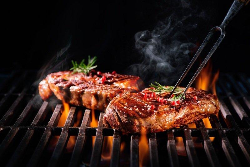 как приготовить вкусный стейк из мяса