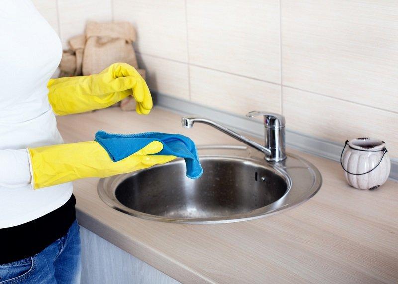 чистка раковины сода и уксус
