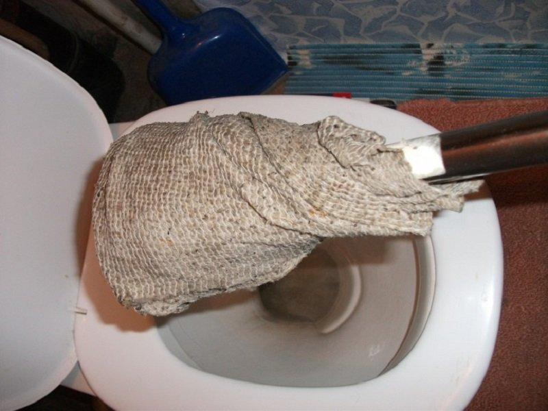 как прочистить канализацию в домашних условиях