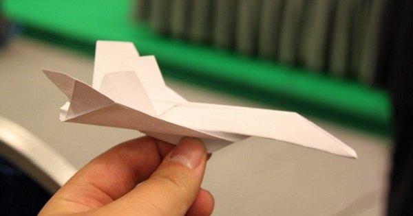 Есть масса способов смастерить это чудо, но лишь один научит тебя делать идеальный самолетик.