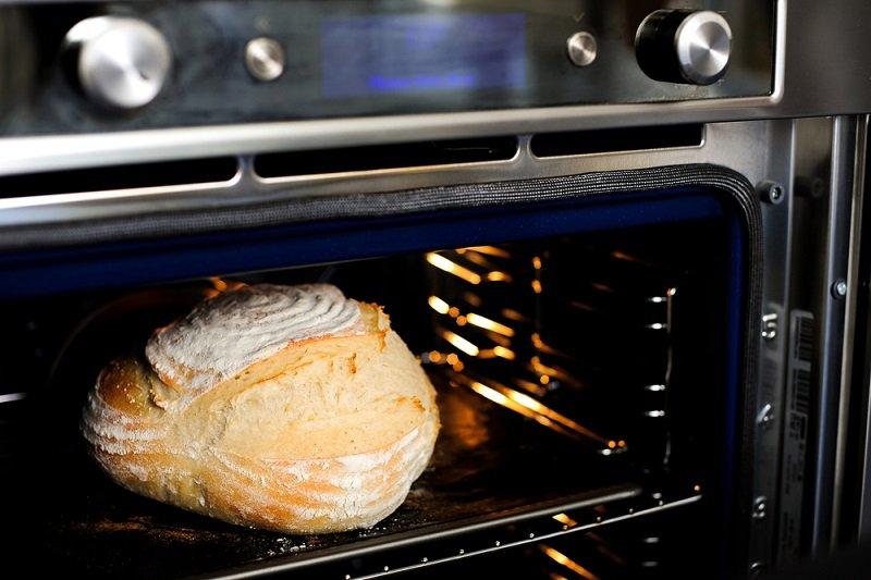 хліб в духовці