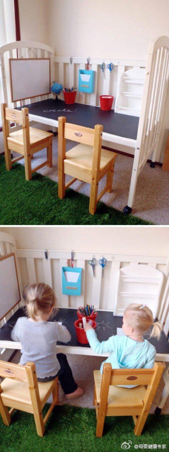 детские стол и стулья