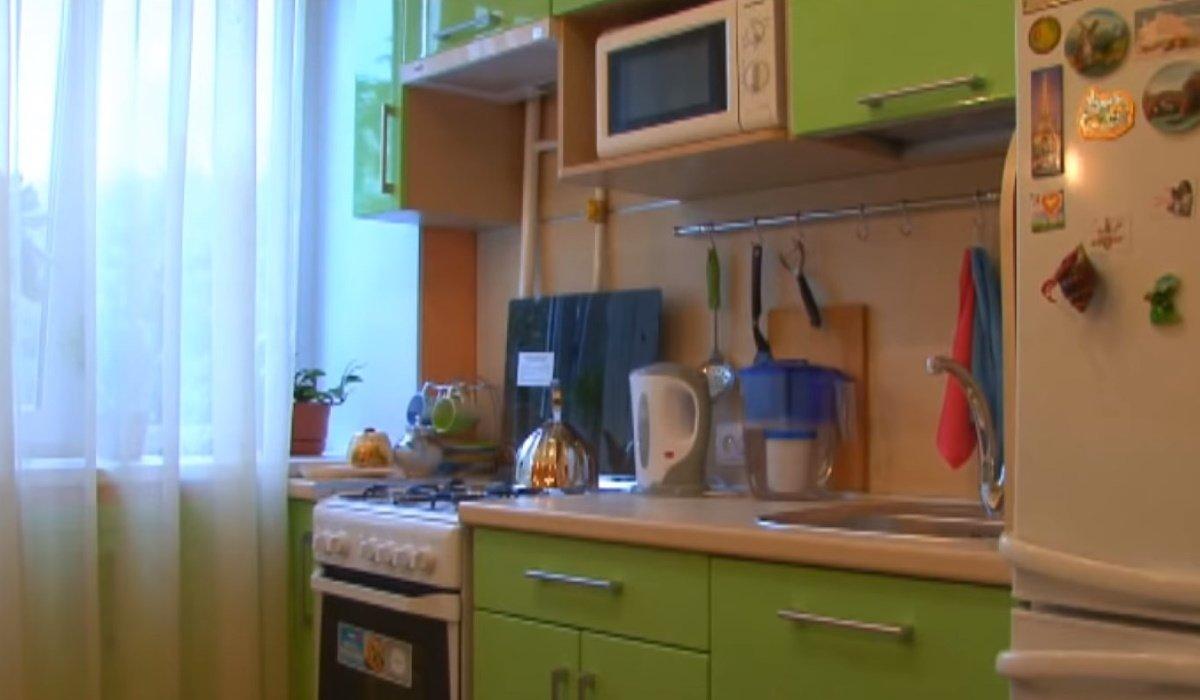 Как сделать ремонт на кухне усилиями двух человек
