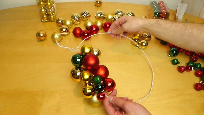 сделать рождественский венок дома