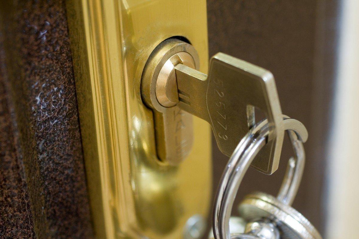 Как сделать тайник для ключей и других мелочей