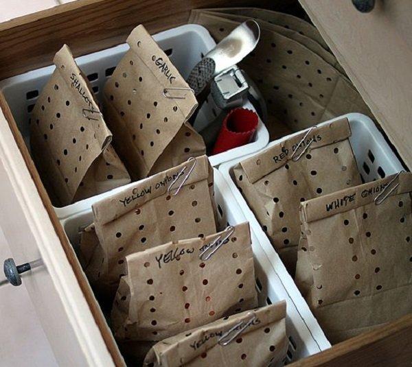 правильное хранение лука и чеснока