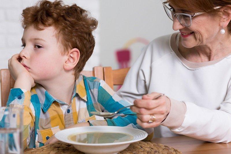 Почему ребенок отказывается есть суп