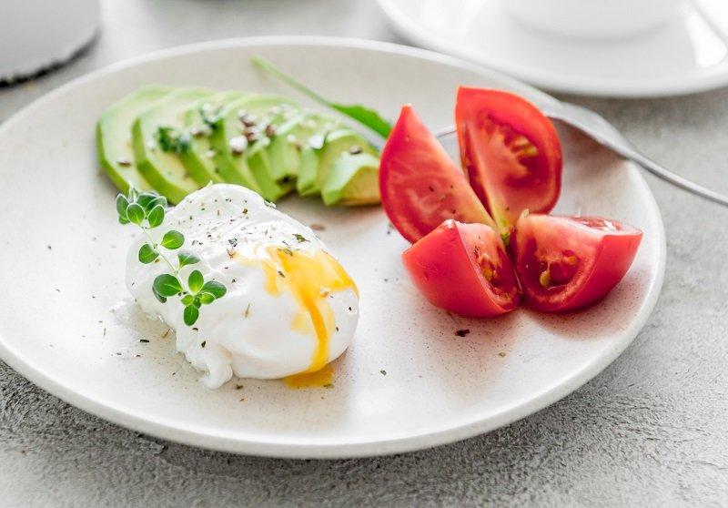 Как приготовить яйцо пашот Кулинария,Советы,Завтрак,Яйца