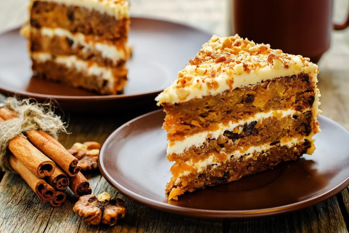 а на десерт медовик