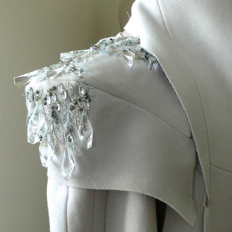 как украсить пальто своими руками