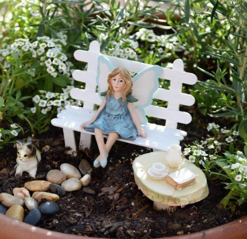 как украсить сад фигурками