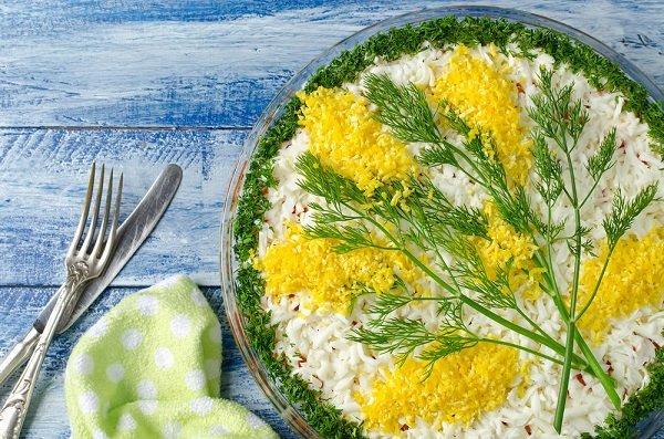 как украсить салаты