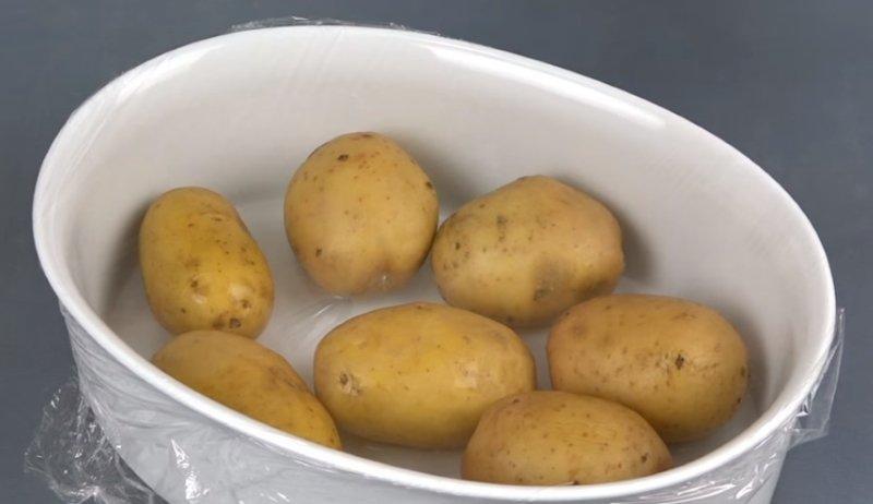 варить картошку в мундире