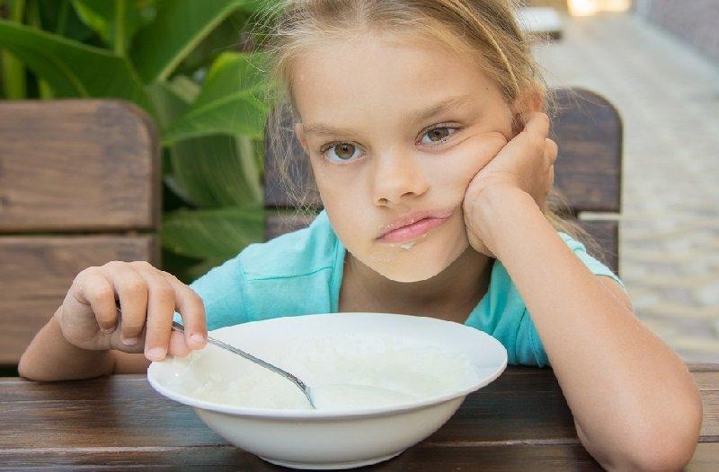 каша на молоке ребенку