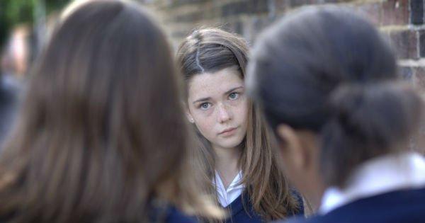 5 оправданий  родителей «плохих» девочек. Любовь слепа, но воспитание — прежде всего!