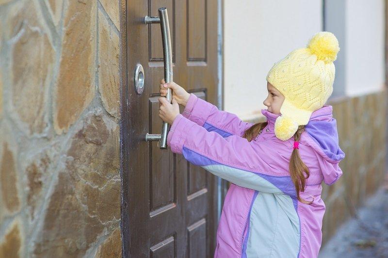как выбрать двери в квартиру фото