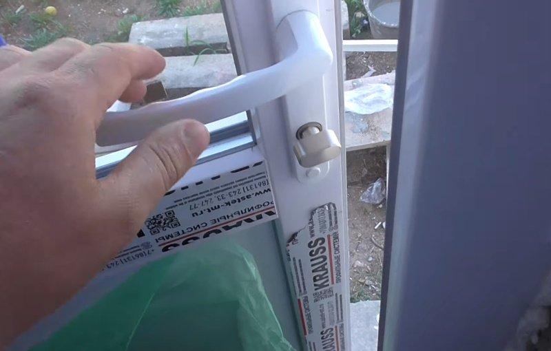 Способ исправить перекошенную дверь, подсмотренный у домашнего мастера Советы,Быт,Двери,Дом,Лайфхаки,Ремонт