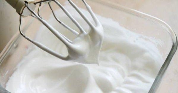 Как приготовить безупречные взбитые белки? Этот способ отличается от всего, что ты делал раньше!