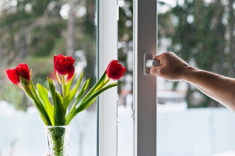 Как отрегулировать плохо закрывающееся окно