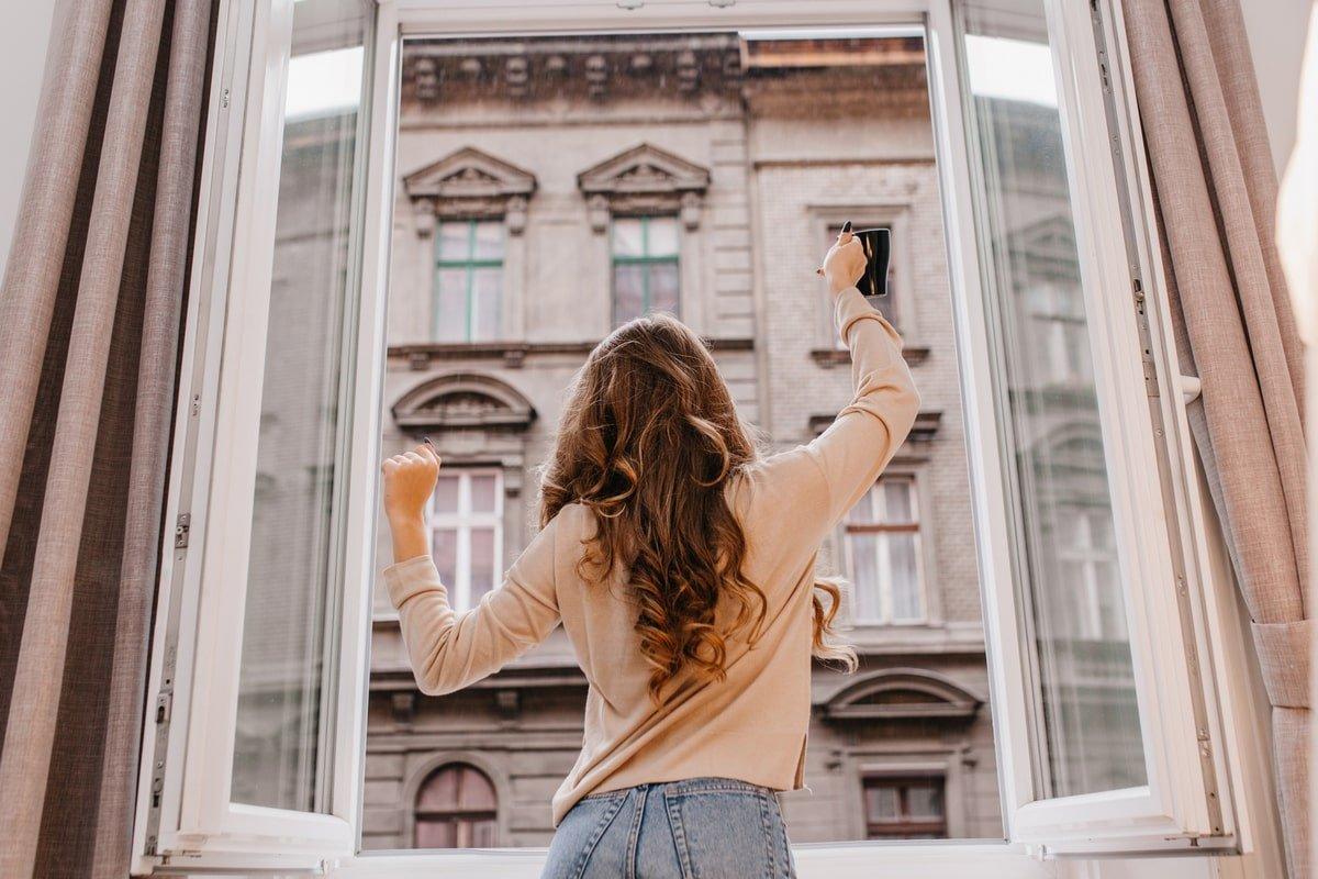 Эксперты по вентиляции жилых помещений бьют тревогу, все массово снимают пластиковые окна