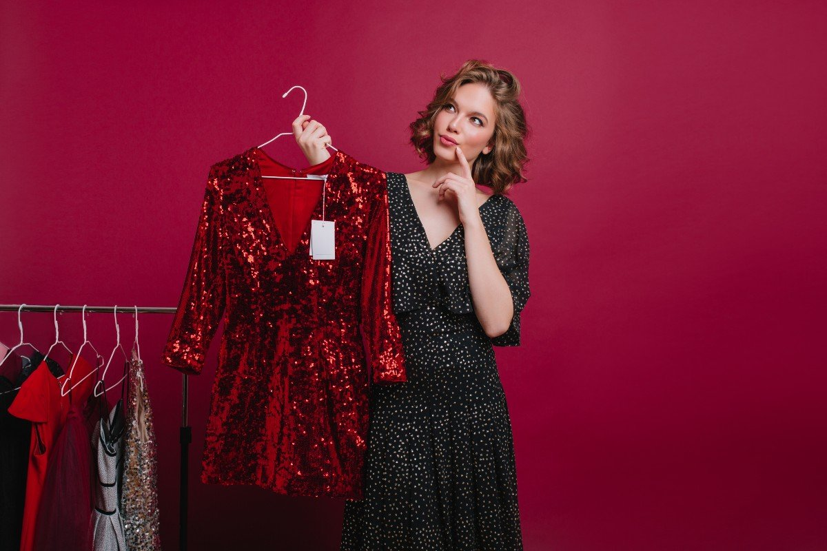 На какие новые платья можно тратиться, если ты молодящаяся пенсионерка