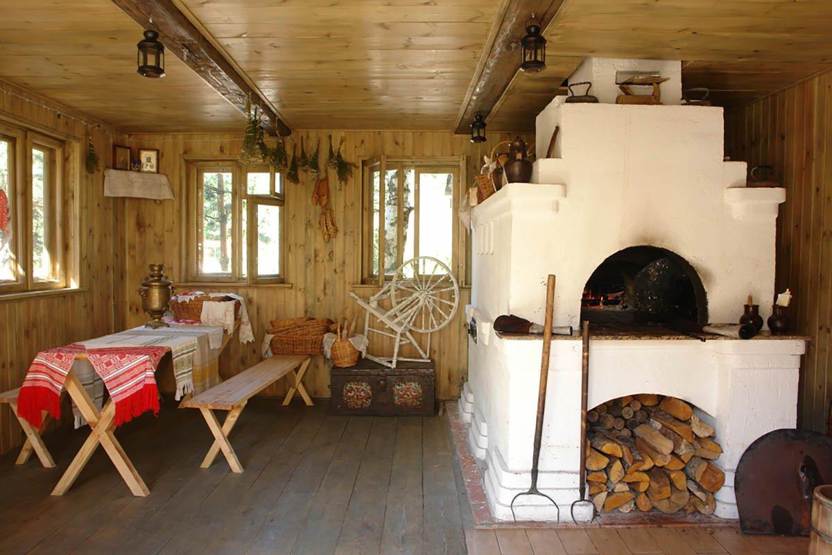 За что дачники-пенсионеры боготворят старую печь «шведку»