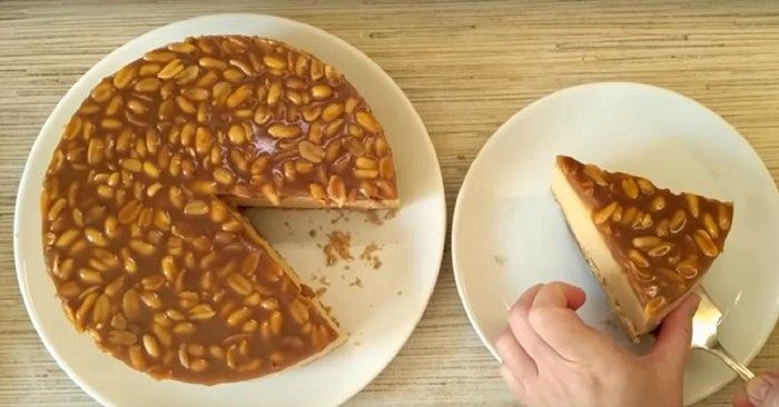 как украсить карамельный торт