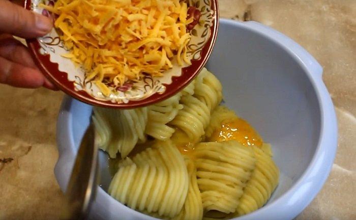 картофельные биточки с фаршем