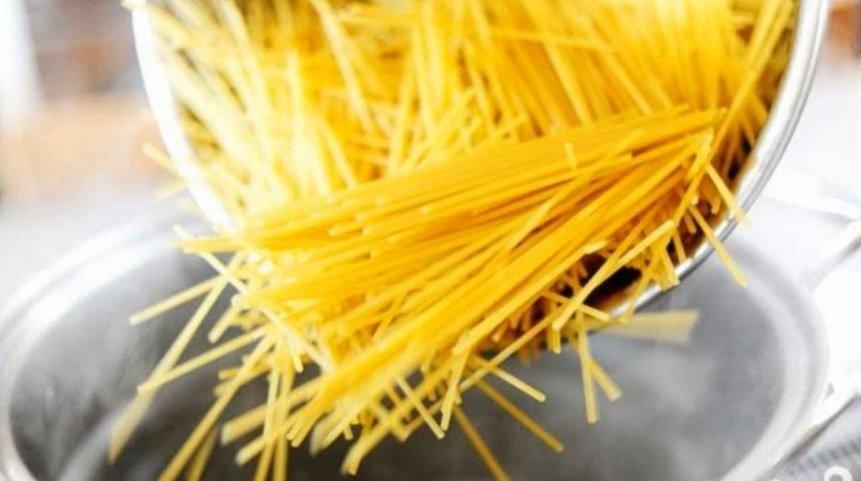 кассероль из спагетти с курицей