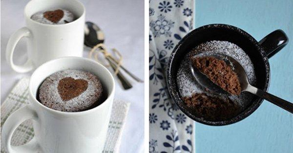 Вкуснейший шоколадный кекс всего за 5 минут. Отличная идея для быстрого завтрака!