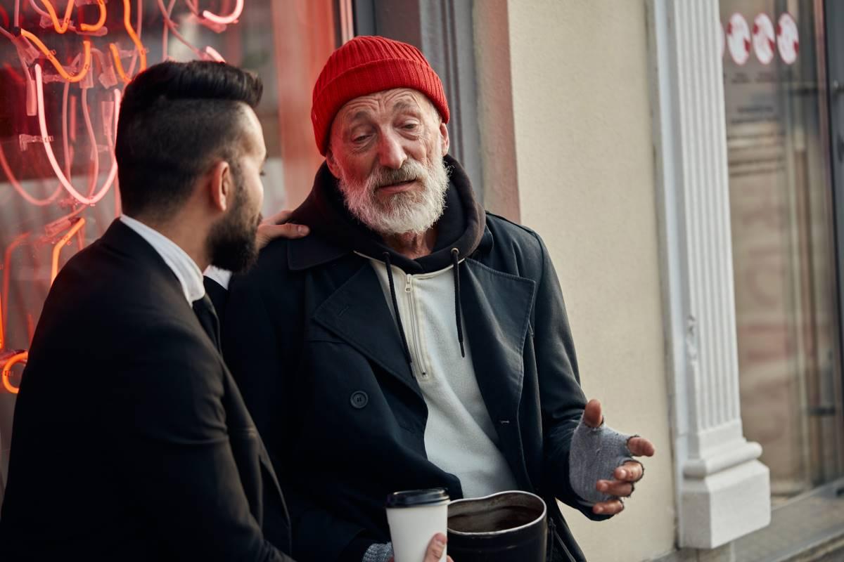 Повар на пенсии рассказал, почему в каждом ресторане есть «свой» бездомный может, будет, клиента, заведении, человек, этого, оптимист, всегда, такого, педант, выделил, Такие, чувствует, можно, снова, приходит, любит, ресторан, заведения, друзей