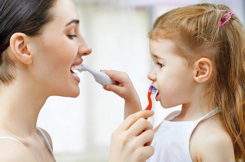 когда нужно чистить зубы