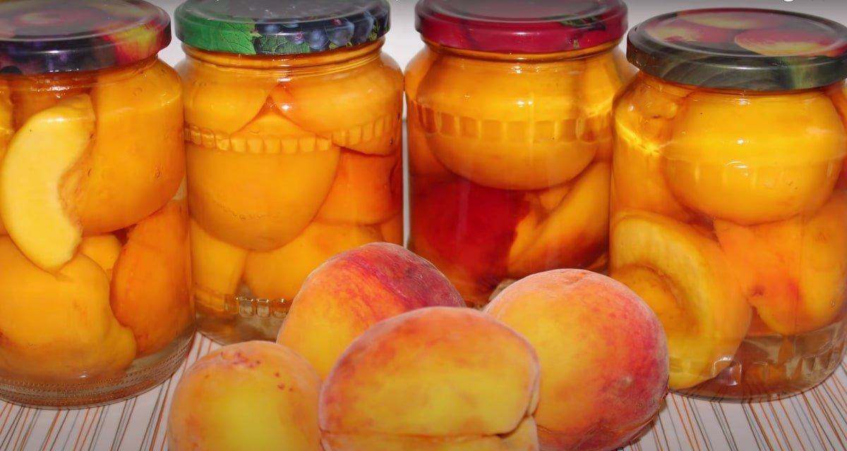 В прошлом году закрыла 30 банок персиков половинками, а их всё равно оказалось мало