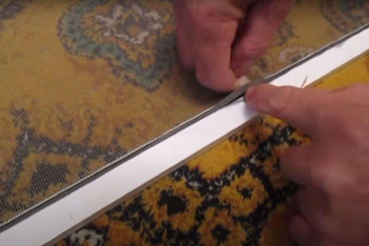 Надежный способ установить новые ручки на москитной сетке, когда старые сломались сетки, ручки, москитной, помощью, чтобы, способ, нужно, который, пластика, сделать, домашних, кусочек, время, взять, расскажу, петля, Затем, вставляем, сетку, ручка