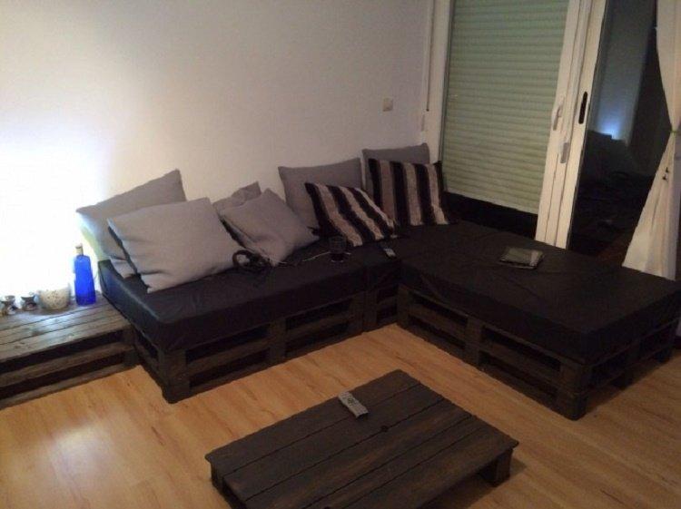 кровати из деревянных поддонов
