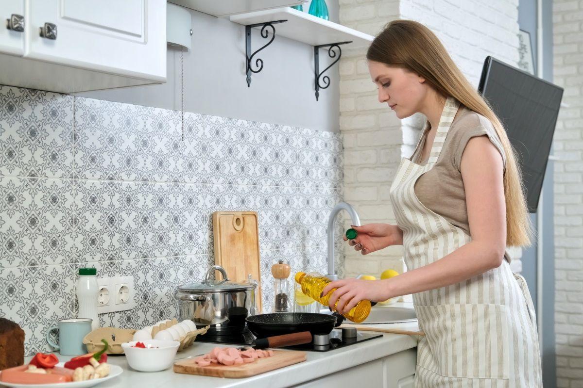 Кто должен готовить завтраки и ужины в счастливой семье