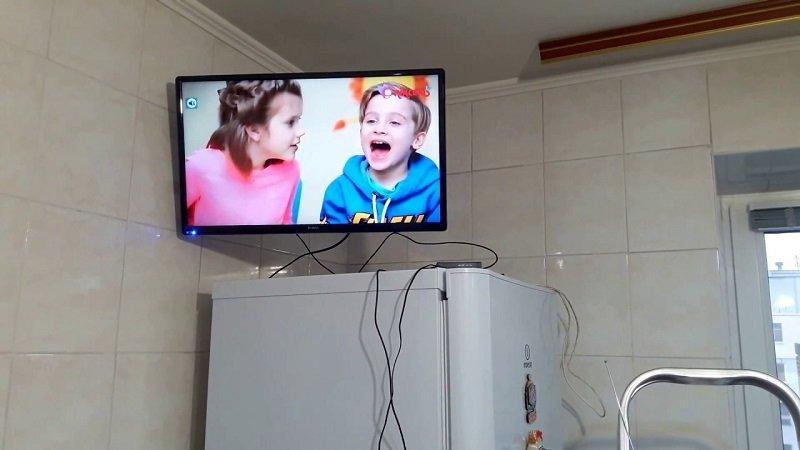 бюджетный телевизор для кухни