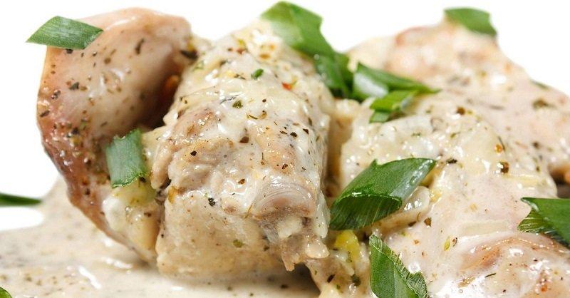 Рецепт курицы в сметанном соусе на сковороде 15