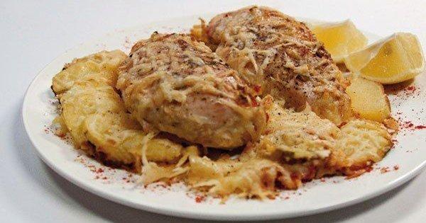 Как сделать куриное мясо сочным? Секрет приготовления филе, запеченного в сливках.