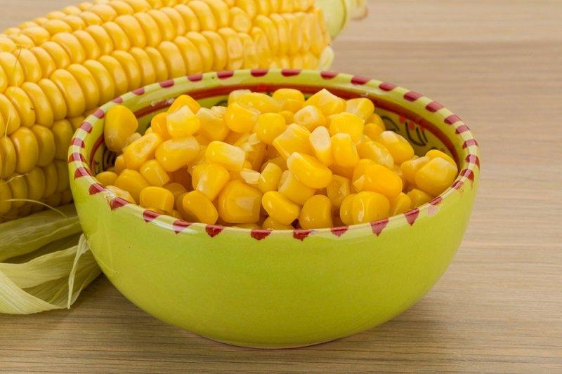 сладкя консервированная кукуруза